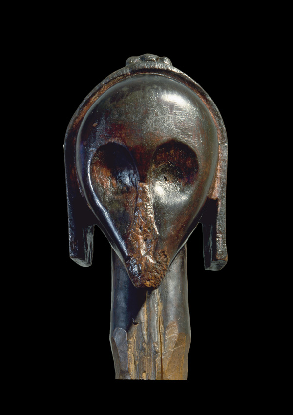 Fang Head nlo byéri - now in the collection of the Private Collection - image 1
