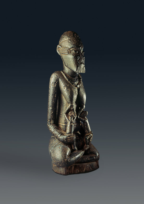 Pre-Dogon Djennenké Maternity Figure - now in the collection of the Private Collection - image 1