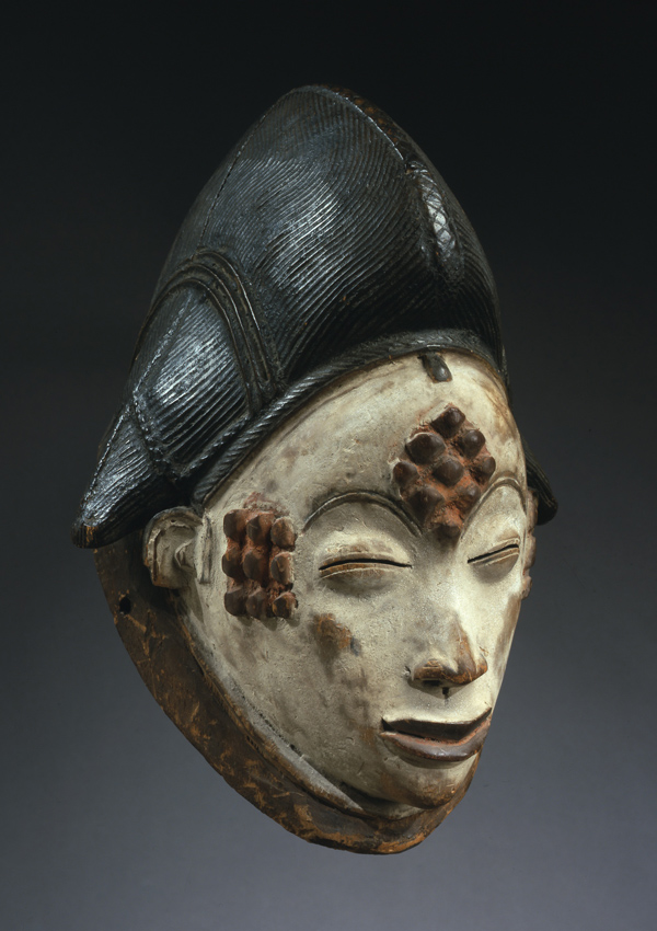 Punu Mask - now in the collection of the Private Collection - image 1