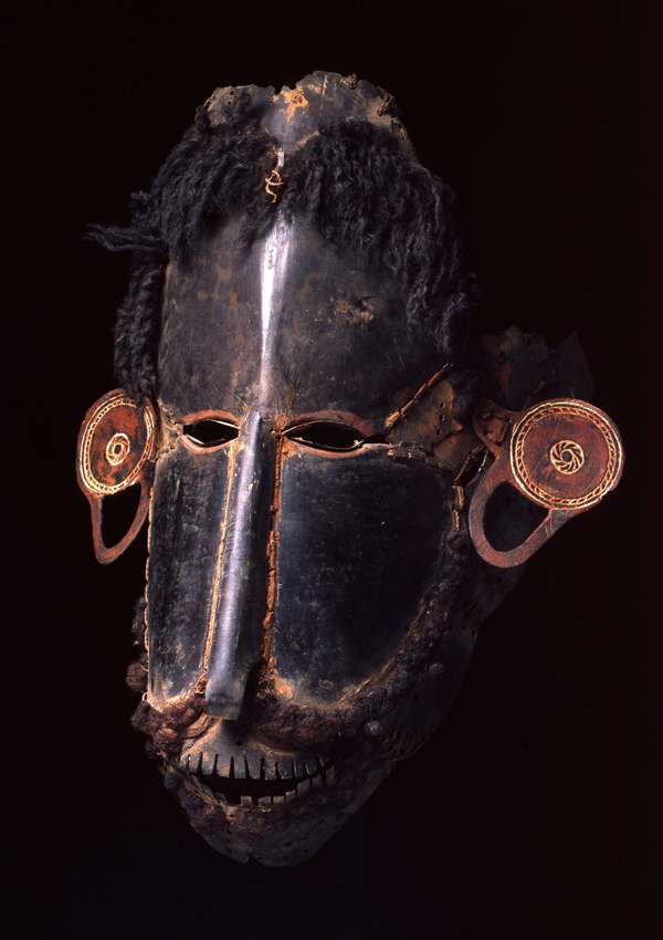 Torres Strait Mask buk or krar - now in the collection of the Private Collection - image 1