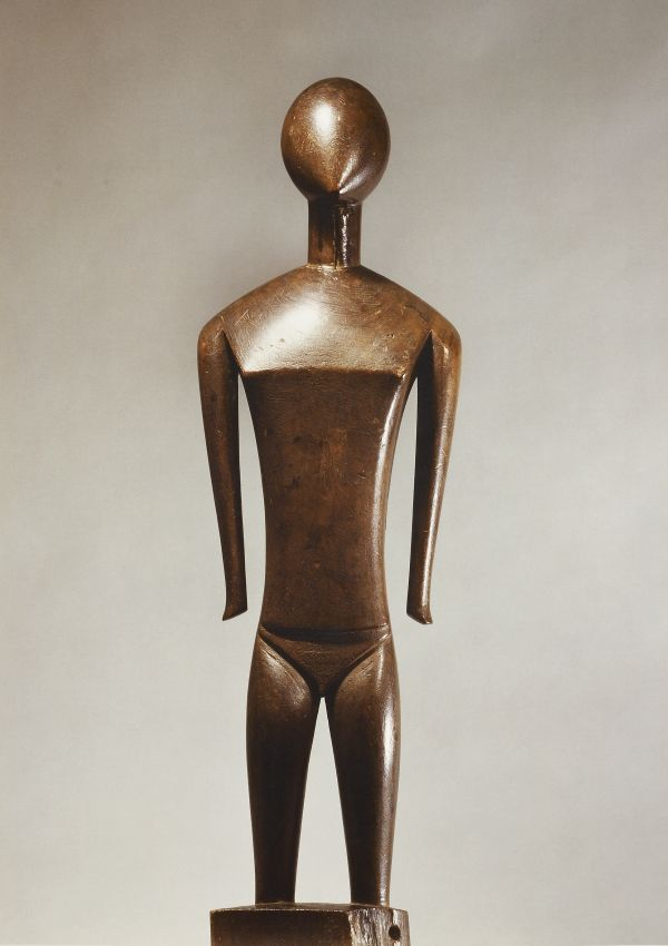 Nukuoro Standing Figure dinonga eidu - now in the collection of the Private Collection - image 1
